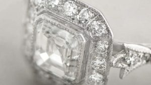 Close up filigree on Asscher cut ring