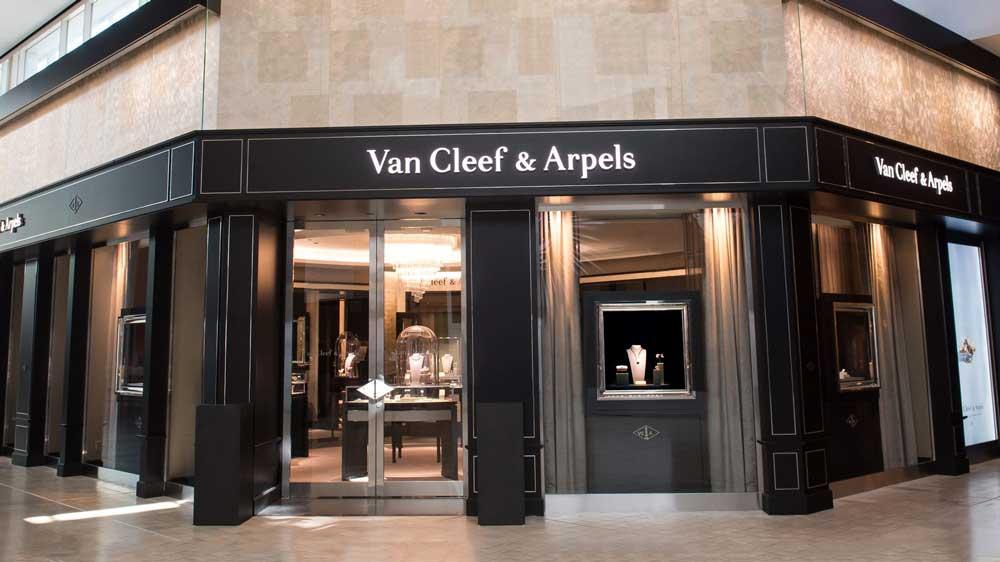 Van Cleef & Arpels Store