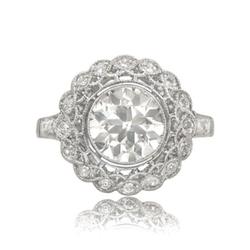 Openwork filigree diamond engagement ring