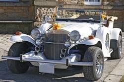 Art Deco 1920s Car