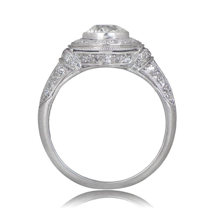 Elegant vintage estate diamond engagement ring