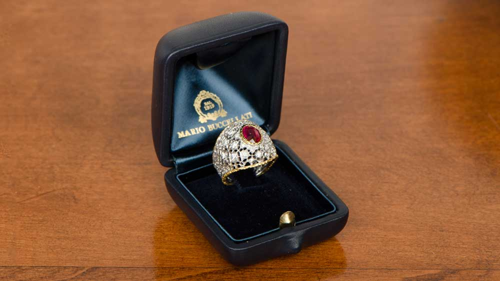 Rare ruby Buccellati ring in jewelry box
