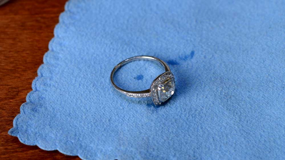 (Easy & Simple) How To Clean Your Engagement Ring