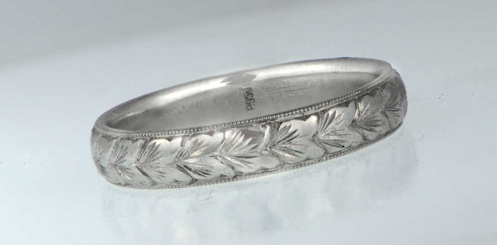 Art Deco Wedding Band with engravings