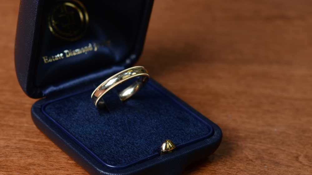 Milgrained Yellow Gold Mens Wedding band