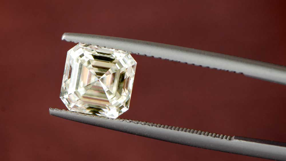 Examining Quality on SI2 Clarity Asscher