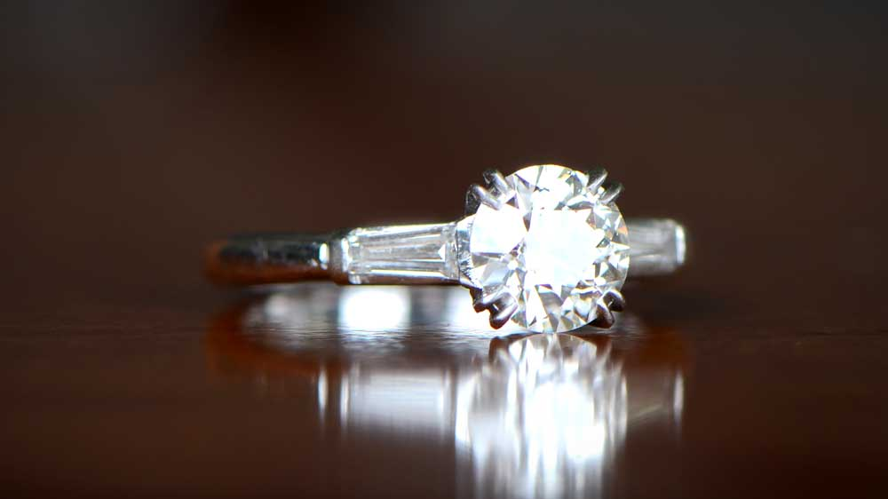 Simple Prong Set Engagement Ring