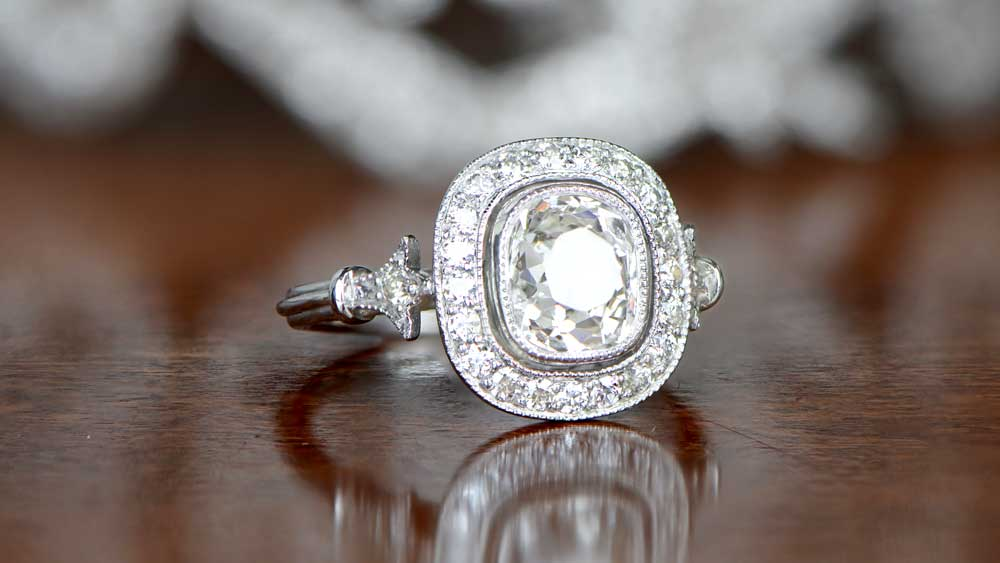 VVS Clarity Diamond Cushion Cut