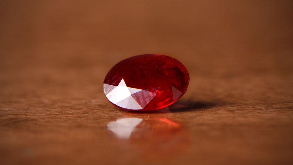 Loose Ruby on Wood