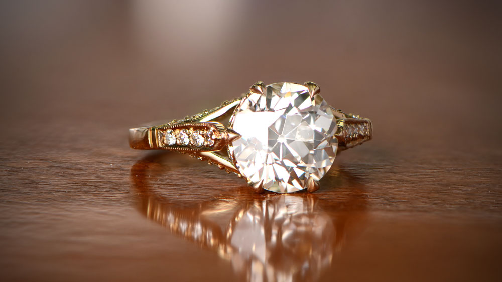 Diamond Engagement Ring in Yellow Gold Setting