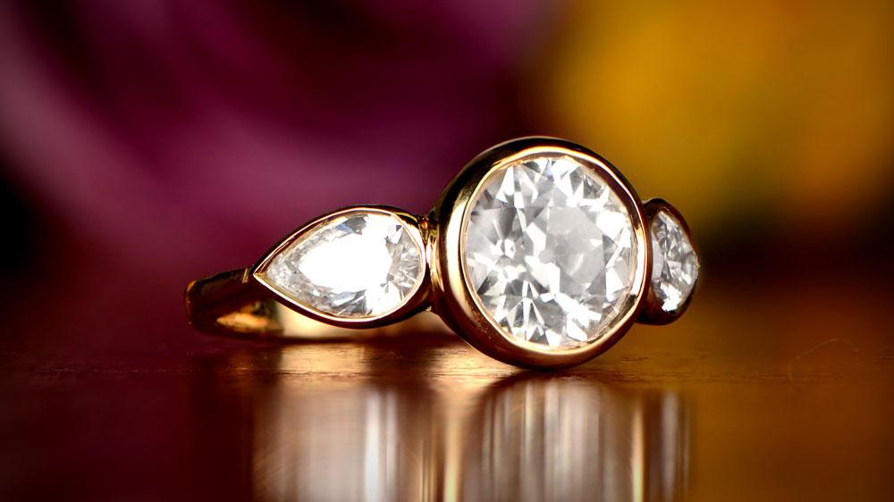 12135 Yellow Gold Round Diamond Engagement Ring