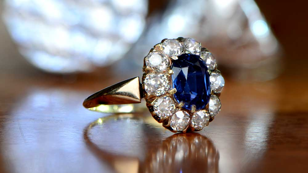 GS522-Artistic Sapphire Engagement Ring
