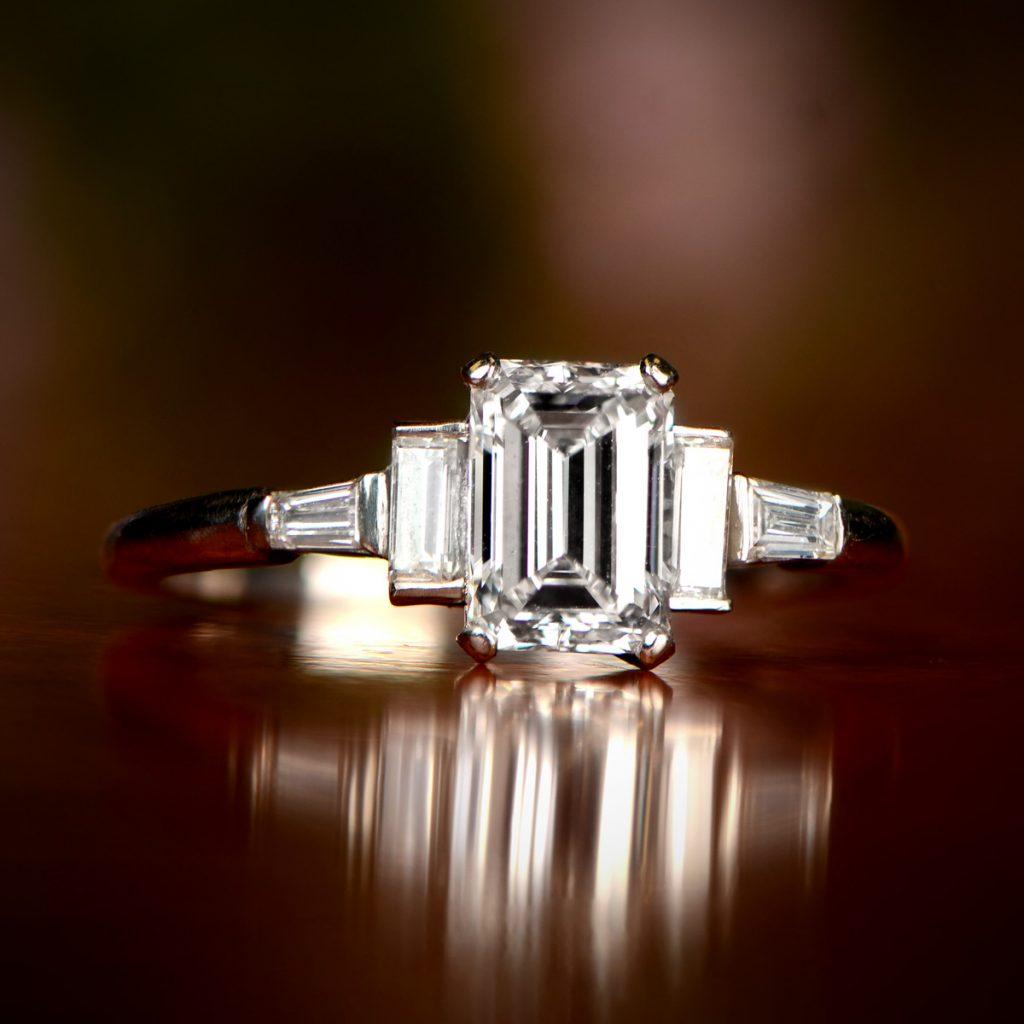 Redmond Ring Artistic