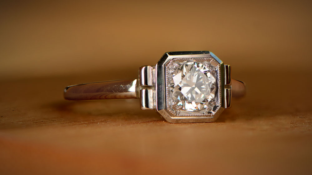 12151 Simple Diamond Ring