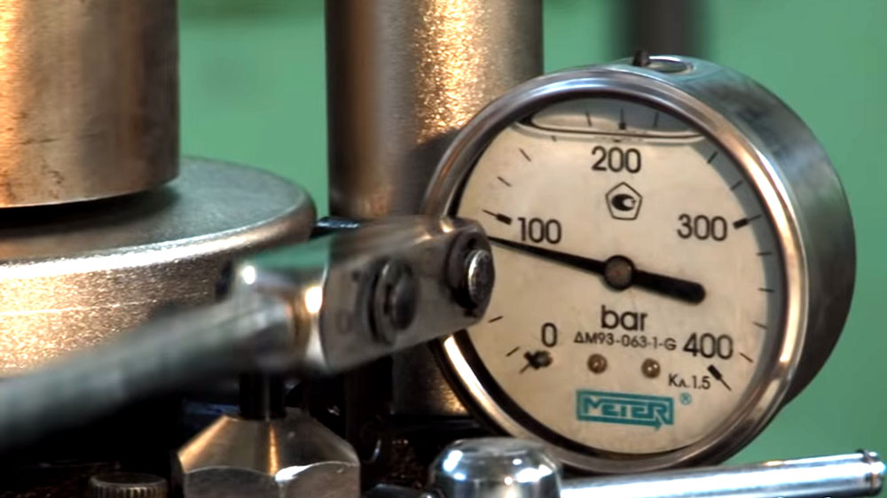 Pressure Machine for Lab Diamonds