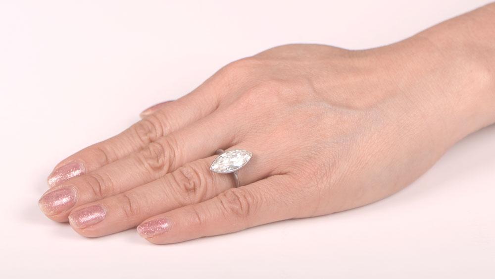 SB2560 Finger Picture