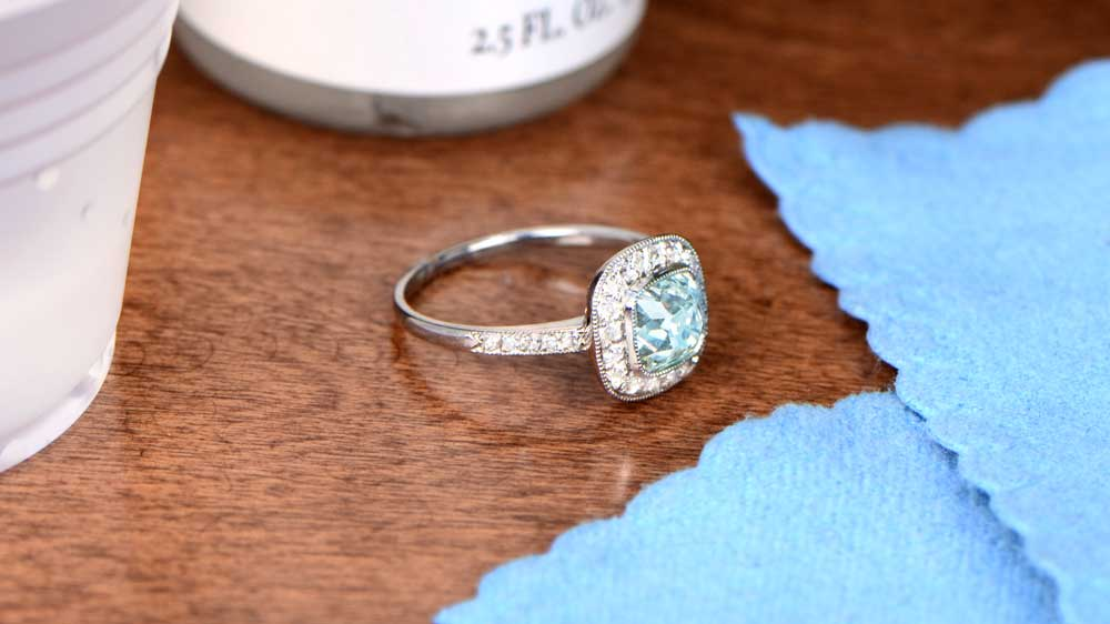 Cleaning an Aquamarine Ring at Home
