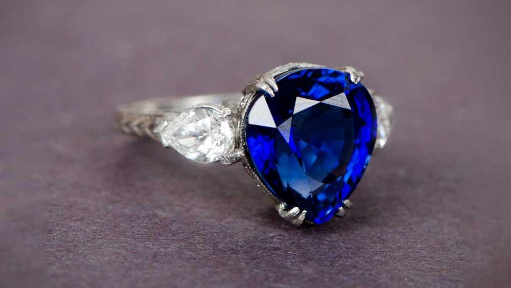10772-Antique-Pear-Cut-Sapphire-Ring-Artistic