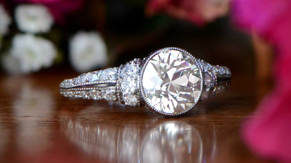 11741-Artistic Art Deco Style Engagement Ring