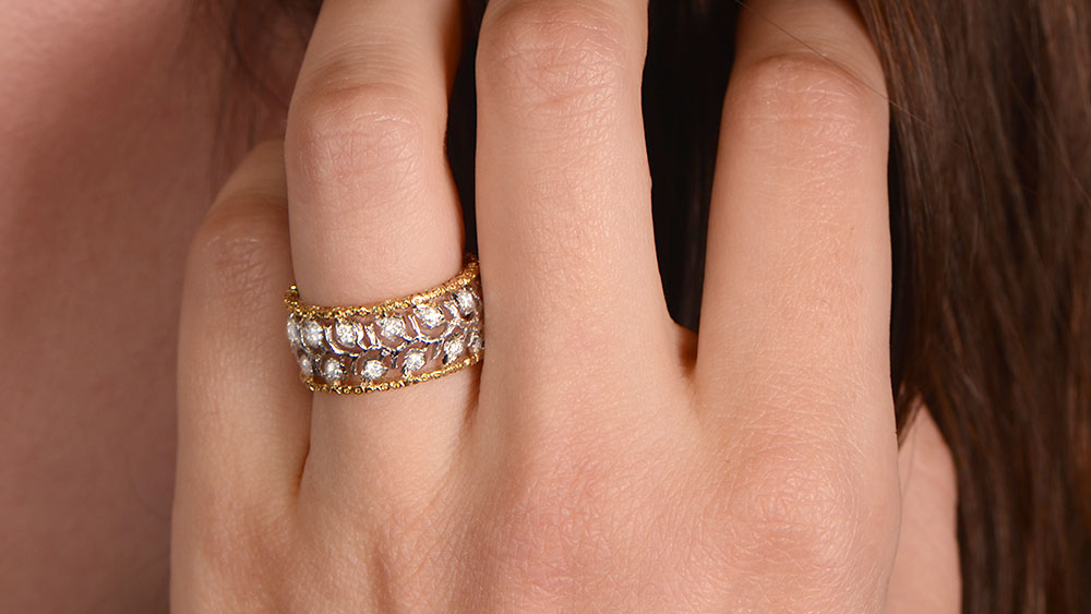 Buccellati Ring on Wider Fingers