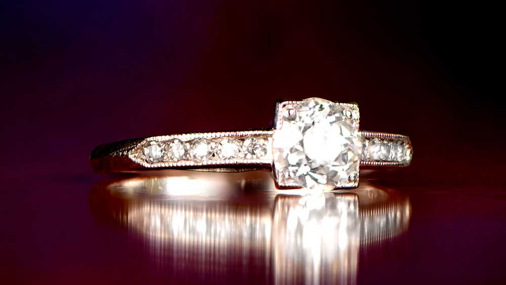 R232 Engagement Ring Artistic