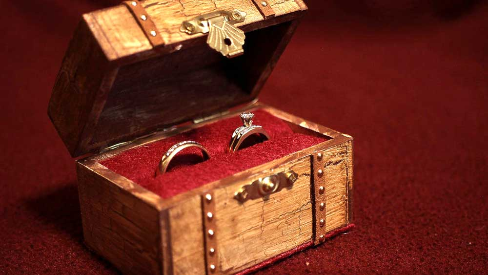 Treasure Chest Ring Box with Engagement Rings inside